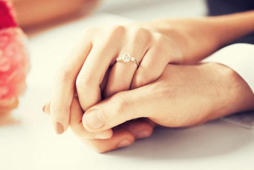 婚約指輪のお返しをした先輩花嫁は「約50%」!