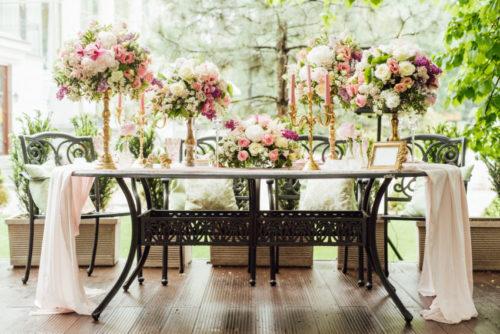 会場装花は17.2万円、ブーケは4万6千円が平均額