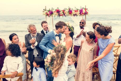 「家族だけの結婚式」はメリットがいっぱい!