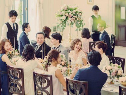 挙式と食事会のイメージ