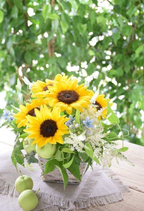 ひまわり:鮮やかな黄色が元気をくれる、夏を代表するお花