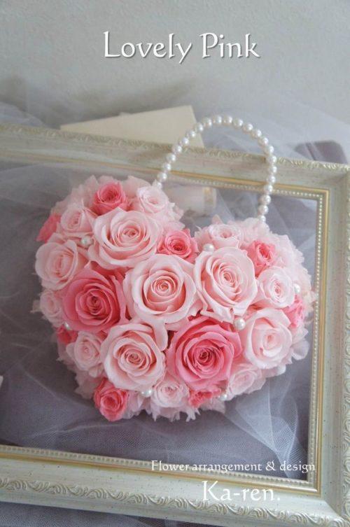 ピンクのバラを使ったブーケ