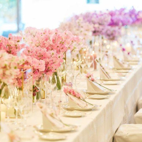 スイートピーを使ったテーブル装花