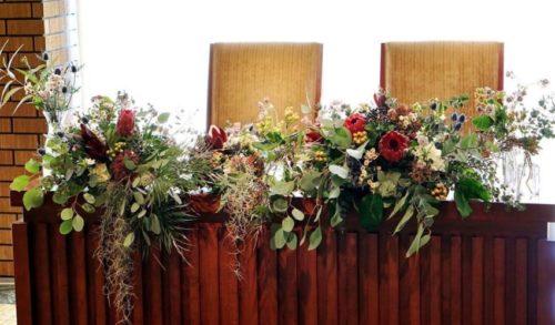 ワイルドフラワーを使ったメインテーブル装花