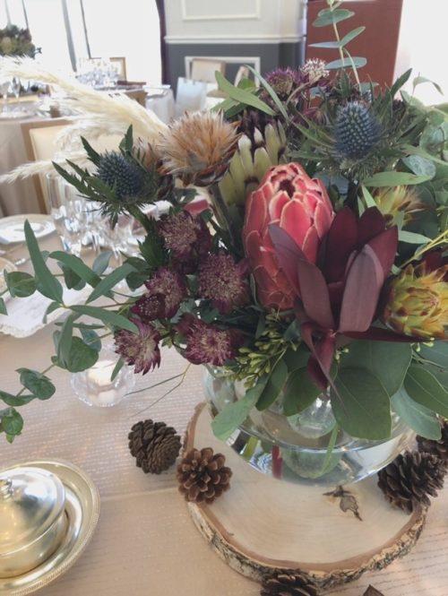 ワイルドフラワーを使ったテーブル装花