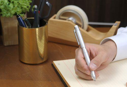 ネクタイやボールペンなどのビジネスアイテム