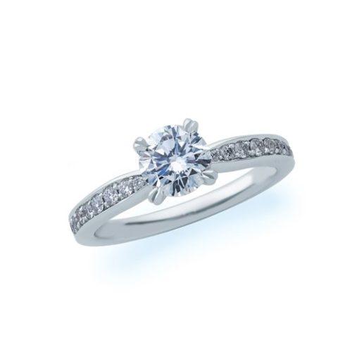 ダイヤが豪華に使われたパヴェ
