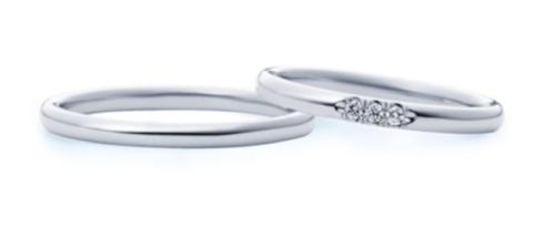 妻用指輪はダイヤが3つ入っており、価格は8万8000円