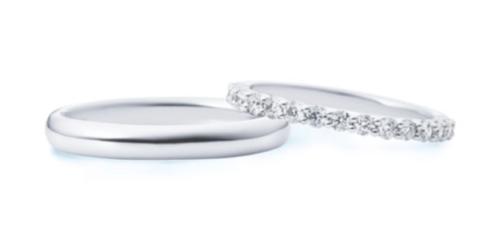 ハーフエタニティの結婚指輪は19万円